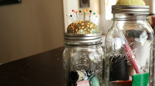 {mason jar pin cushions}