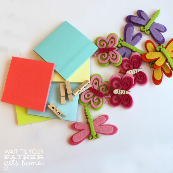 Spring Inspired Post It Holders @ Wait Til Your Father Gets Home, perfect way to brighten up your office! #Spring #postits #crafts