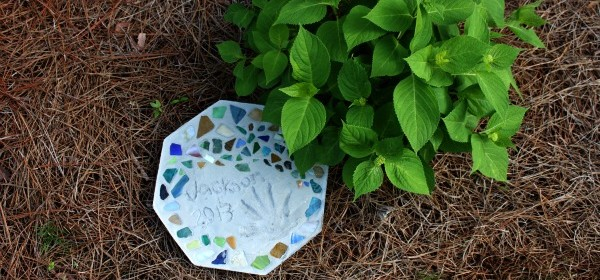 {Mosaic Tile Stepping Stone}
