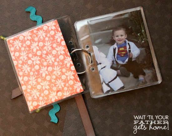 Mini Brag Book @ Wait Til Your Father Gets Home, makes the perfect gift for #MothersDay or #FathersDay #photos