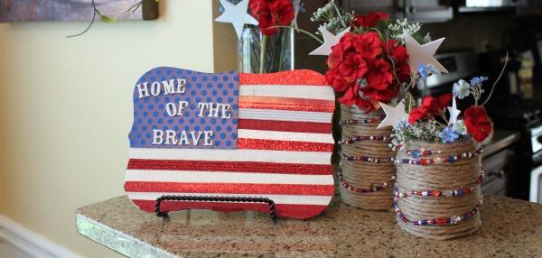 {American Flag Plaque}