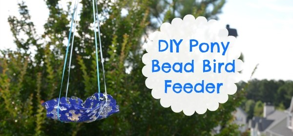{DIY Pony Bead Bird Feeder}