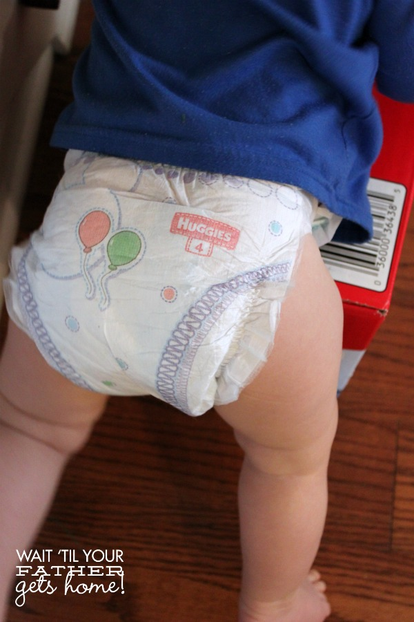 Keep your babies happy with Huggies Snug & Dry via Wait Til Your Father Gets Home #Huggies #HuggiesTester #diapers #sp
