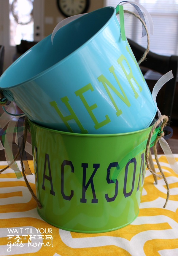 Use a Cricut Explore to create some awesome DIY Easter Buckets this year for your little ones! #Easter #EasterBuckets #Cricut #vinyl