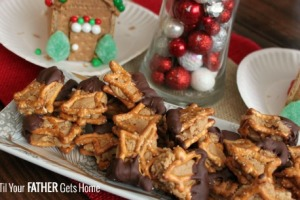 Graham Cracker and Peanut Butter Houses & Chocolate Peanut Butter Pretzel Bites with Honey Maid Grahams and Skippy PB via Wait 'Til Your Father Gets Home #PBandG #CollectiveBias #ad