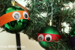 TMNT Two Minute Ornaments via Wait 'Til Your Father Gets Home #DIYOrnaments #Christmas #TMNT