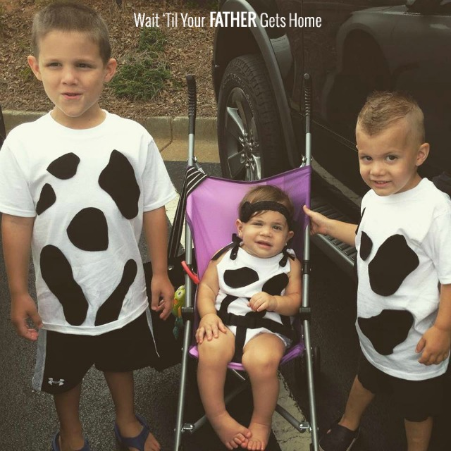 Easy Cow T-Shirts via Wait Til Your Father Gets Home #Halloween # HalloweenCostumes  sc 1 st  Wait Til Your Father Gets Home & Easy DIY Cow Costumes for Kids - Wait Til Your Father Gets Home