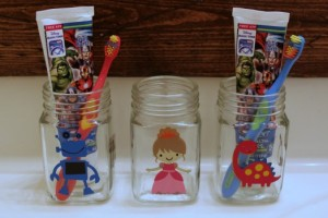 Toothbrush Jars+ DOZENS OF OTHER VINYL PROJECT IDEAS WITH EXPRESSIONS VINYL via www.waittilyourfathergetshome.com #VinylProjects #ExpressionsVinyl