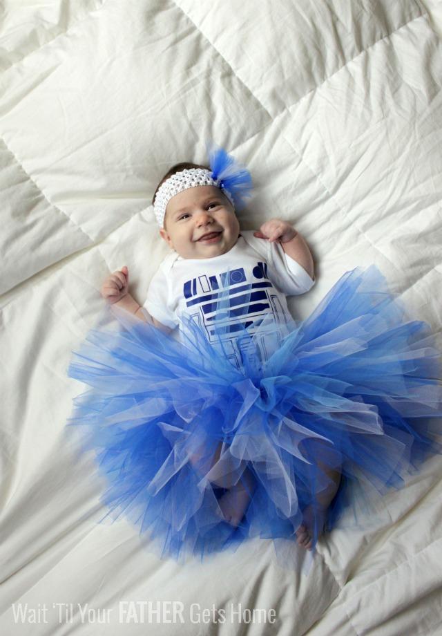 R2D2 Costume via Wait Til Your Father Gets Home