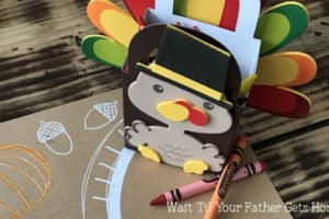 Turkey Crayon Holders with Oriental Trading via Wait Til Your Father Gets Home #Thanksgiving #TurkeyCrafts #CrayonHolders #sp