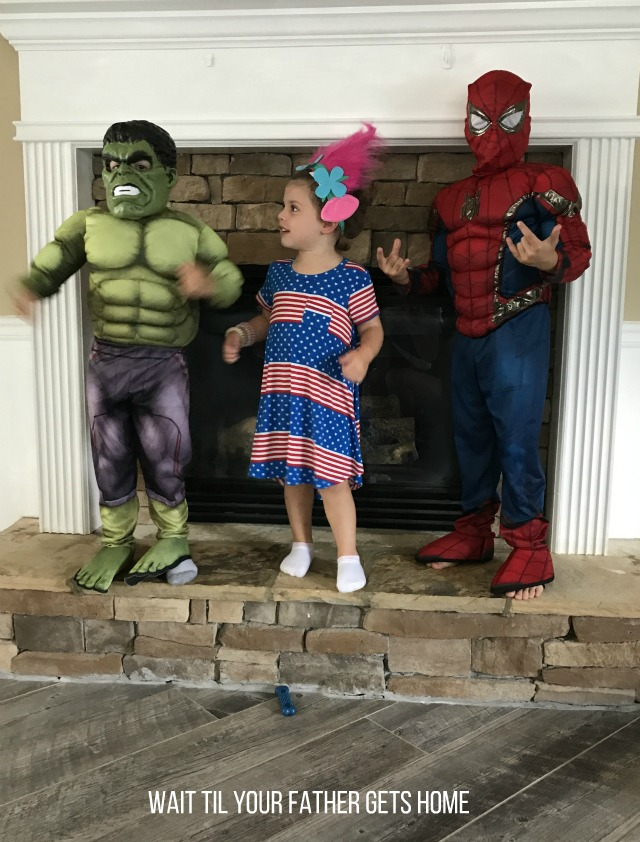 Family Halloween Costume ideas via Wait Til Your Father Gets Home & Oriental Trading #ad #sp #OrientalTrading #Halloween #HalloweenCostumes #FamilyCostumes #FamilyHalloweenCostumes #ThemeCostumes #GroupCostumes #StarWars #Avengers #Batman #Ghostbusters #kidcostumes